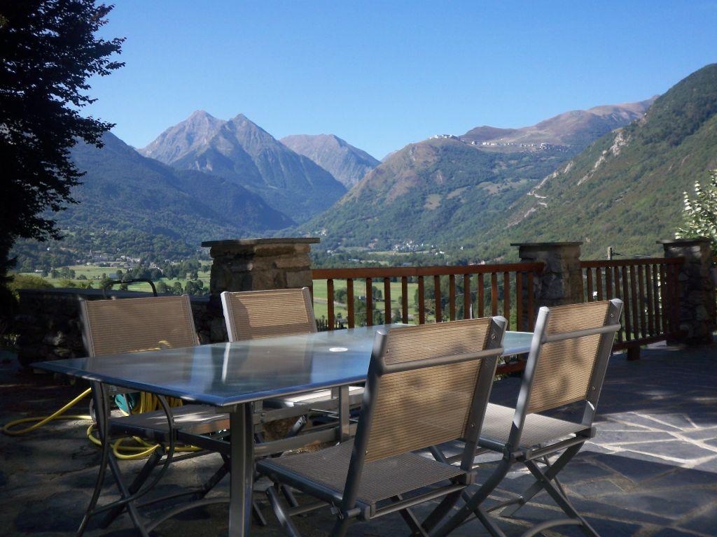 exterieur-extTERRASSE3 Les Terrasses de Saubissan : location de chalet et gite de groupe à Saint Lary Soulan (Hautes-Pyrénées)